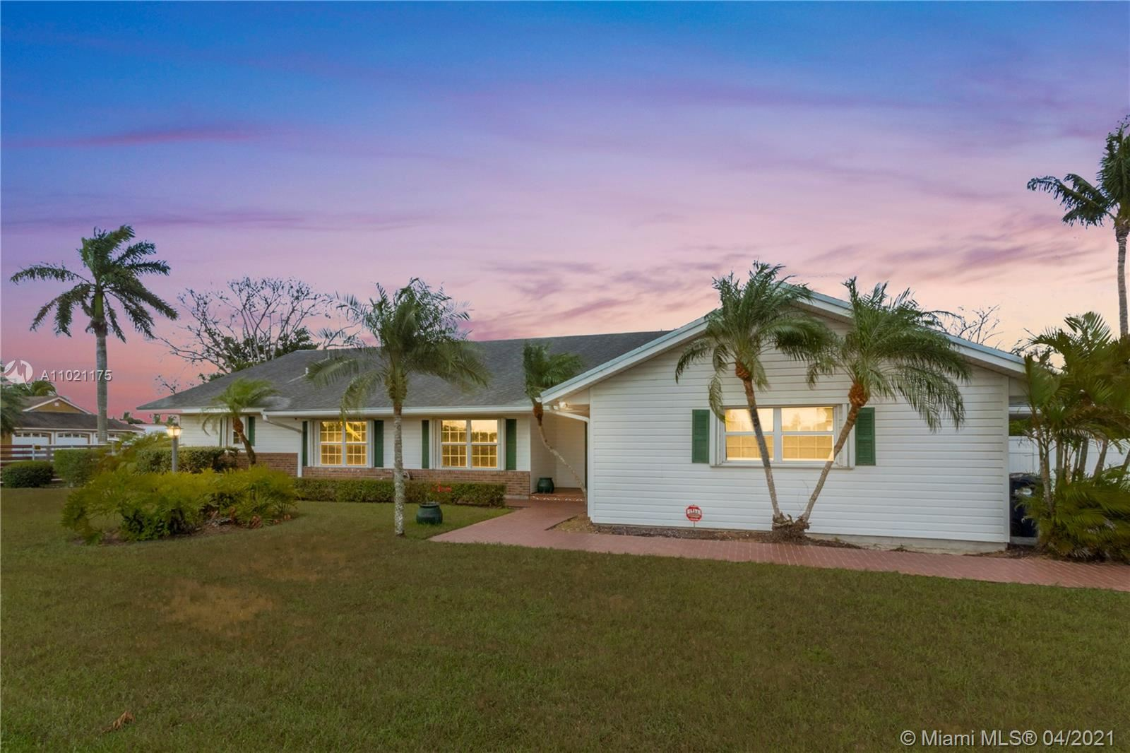 29490 SW 193rd Ave, Homestead, FL 33030 - #: A11021175