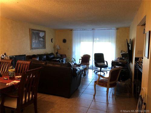 Foto de 408 NW 68th Ave #406, Plantation, FL 33317 (MLS # A10756176)