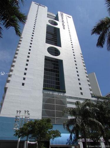 Foto de inmueble con direccion 1717 N Bayshore Dr #A-3352 Miami FL 33132 con MLS A10843176