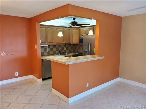 Photo of 275 Windsor L #275, West Palm Beach, FL 33417 (MLS # A10967176)