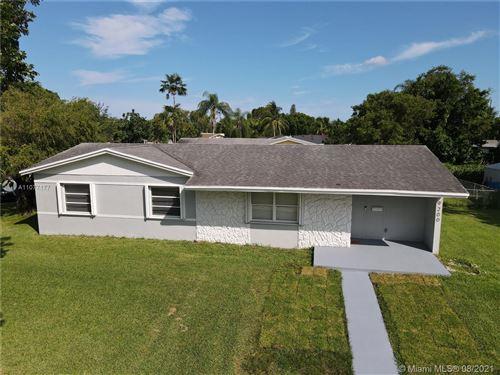 Photo of 9200 Tiffany Drive, Cutler Bay, FL 33157 (MLS # A11077177)