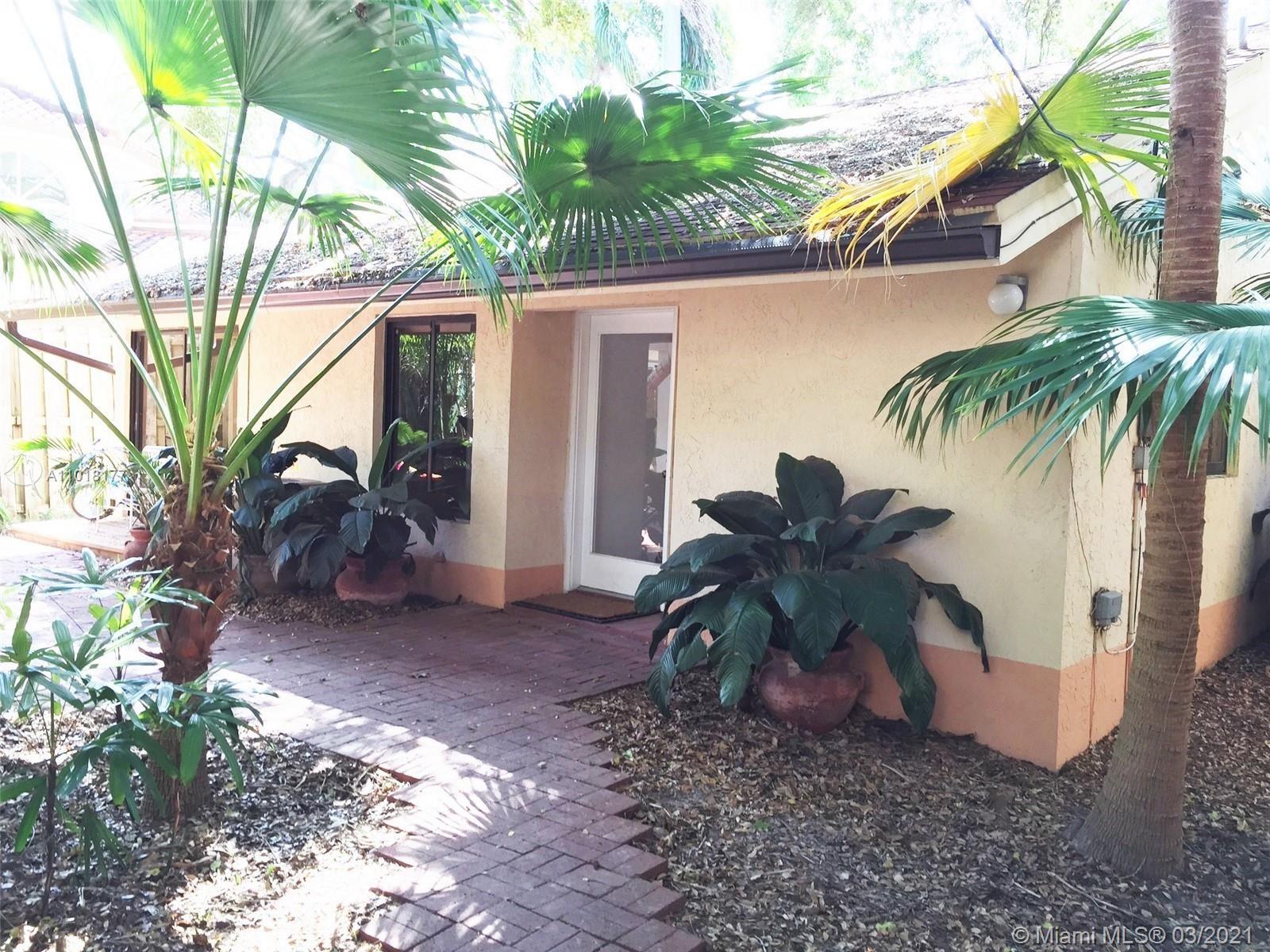 3044 Allamanda St #B, Miami, FL 33133 - #: A11018177