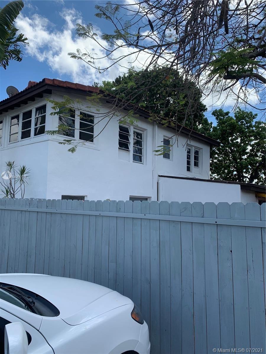 3901 SW 6th St, Miami, FL 33134 - #: A11068178