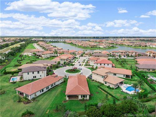 Photo of 11715 Waterway Cir, Parkland, FL 33076 (MLS # A10832179)