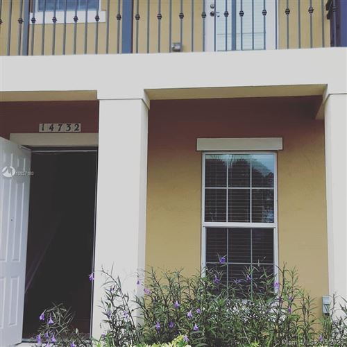 Photo of Listing MLS a10857180 in 14732 SW 15th St #14732 Pembroke Pines FL 33027