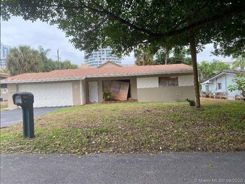 Foto de inmueble con direccion 1724 Bel Air Ave Lauderdale By The Sea FL 33062 con MLS A10879181