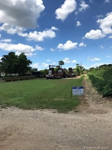 Photo of 25900 SW 209th Ave, Homestead, FL 33031 (MLS # A11086181)