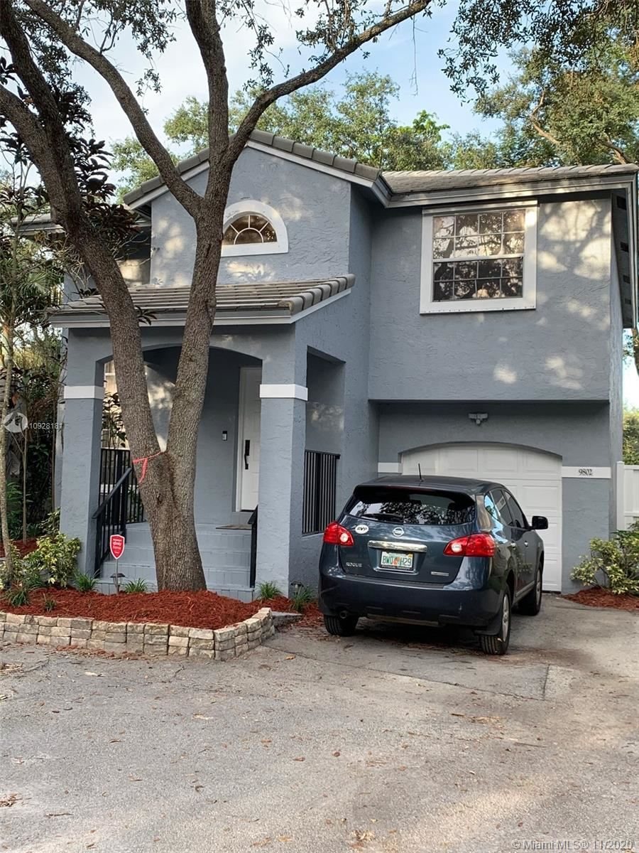 Photo of 9802 NW 2nd Ct, Plantation, FL 33324 (MLS # A10928181)