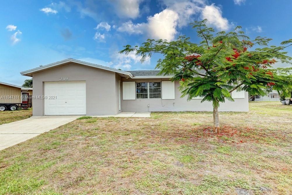 249 NE Ardsley Drive, Port Saint Lucie, FL 34983 - #: A11047181