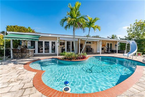 Photo of Listing MLS a10804183 in 10600 SW 108th Ter Miami FL 33176