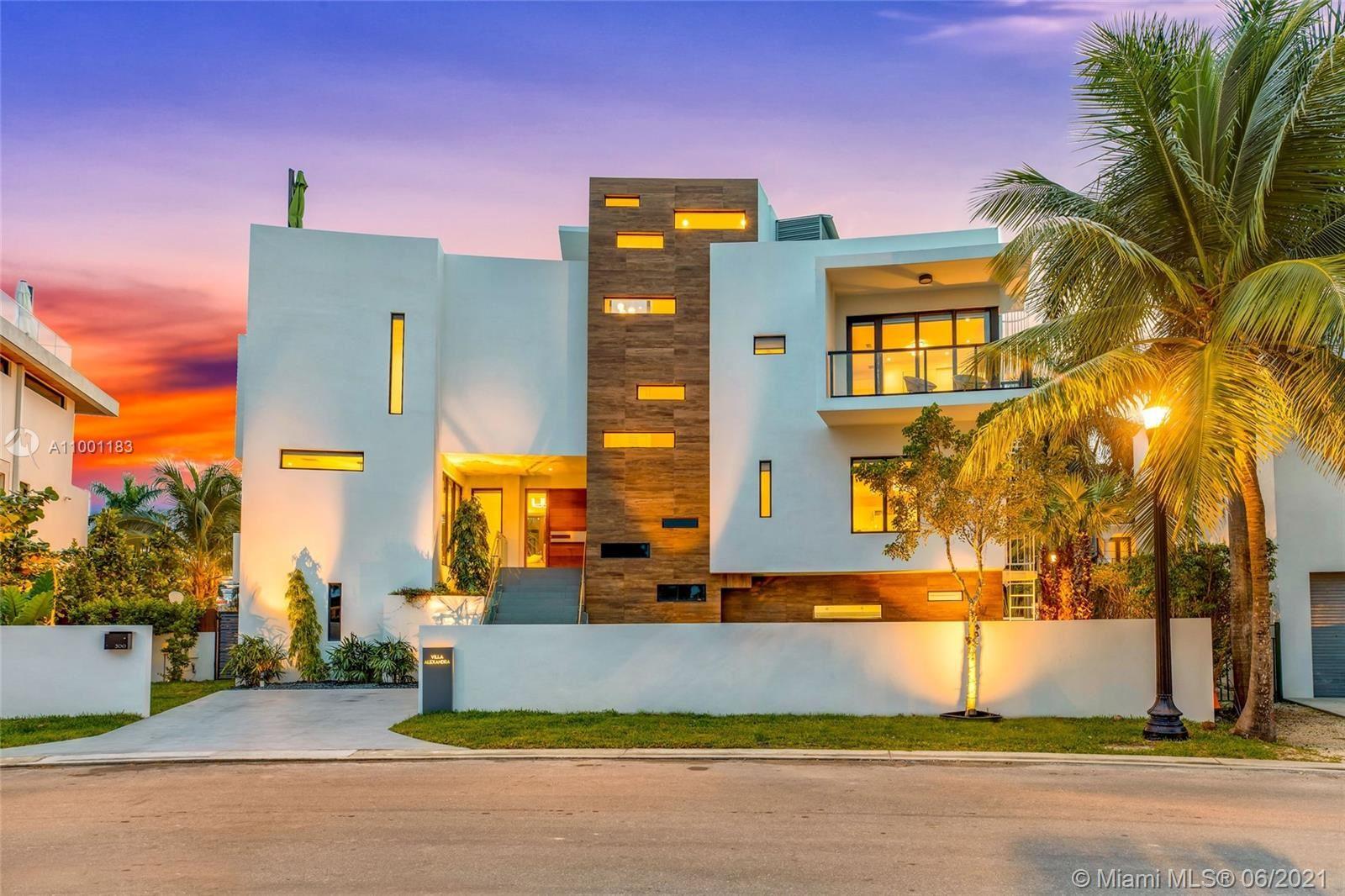 300 Palm Ave, Miami Beach, FL 33139 - #: A11001183