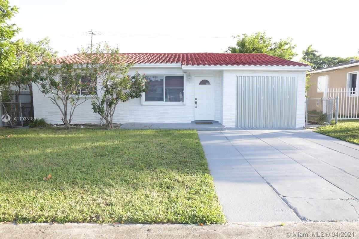 Photo of 38 SE 3rd Pl, Dania Beach, FL 33004 (MLS # A11033183)