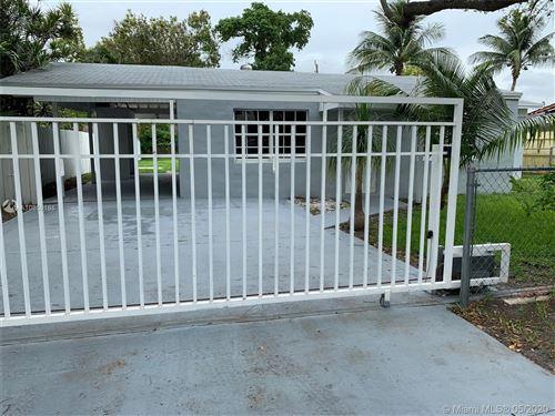 Foto de inmueble con direccion 6601 SW 42nd St Miami FL 33155 con MLS A10859185