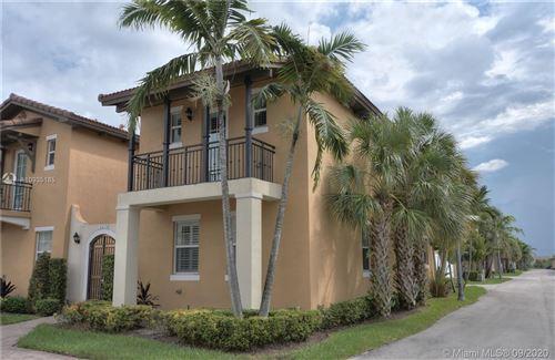Photo of 14658 SW 13th St, Pembroke Pines, FL 33027 (MLS # A10935185)