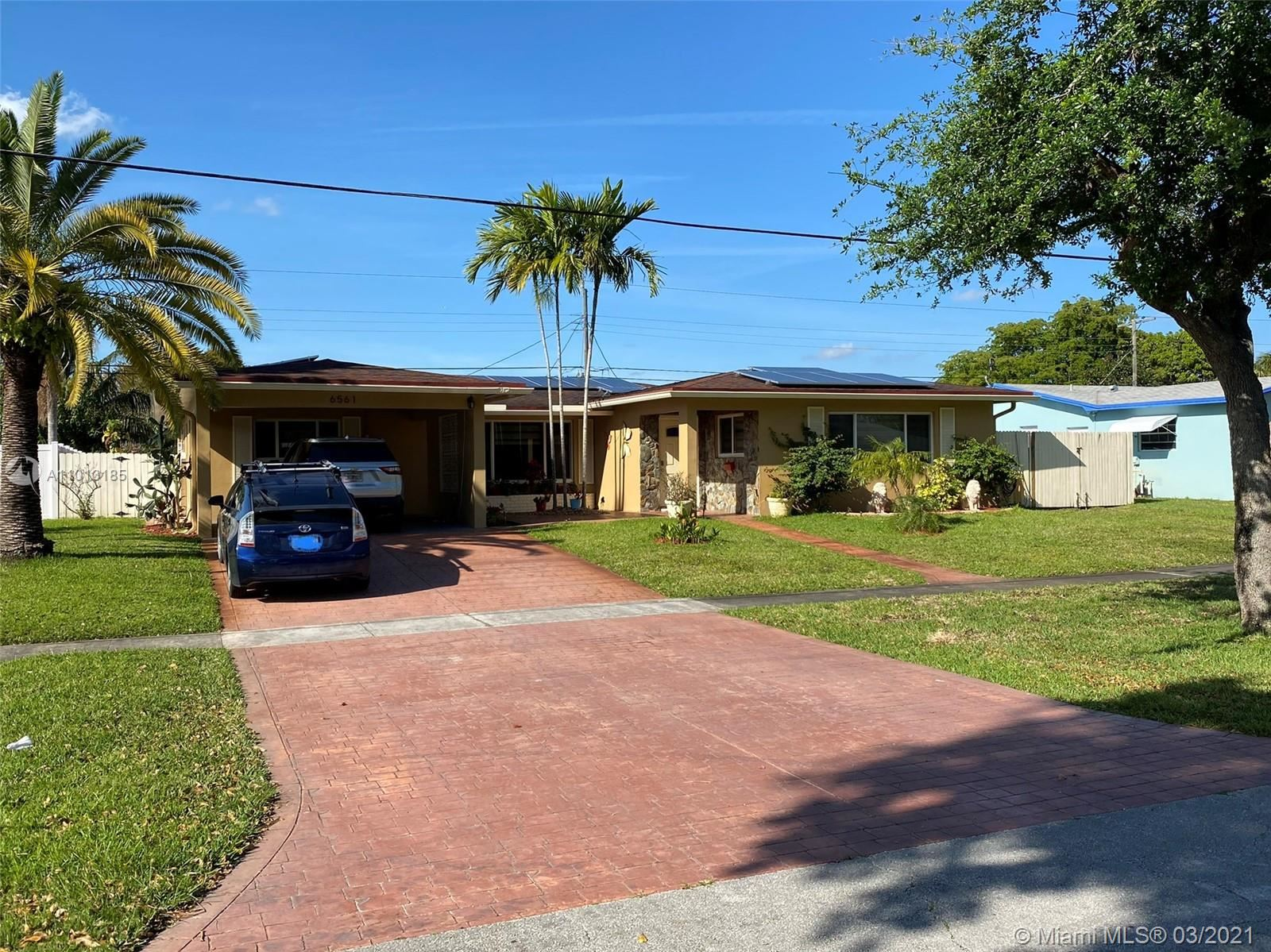 6561 SW 9th St, Pembroke Pines, FL 33023 - #: A11013185