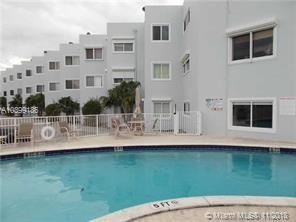 Foto de 1185 MARSEILLE DR #108, Miami Beach, FL 33141 (MLS # A10399186)