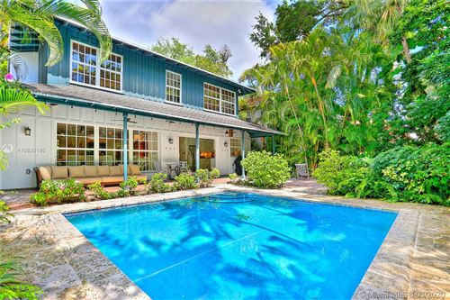 Photo of Listing MLS a10830186 in 3650 Royal Palm Ave Coconut Grove FL 33133