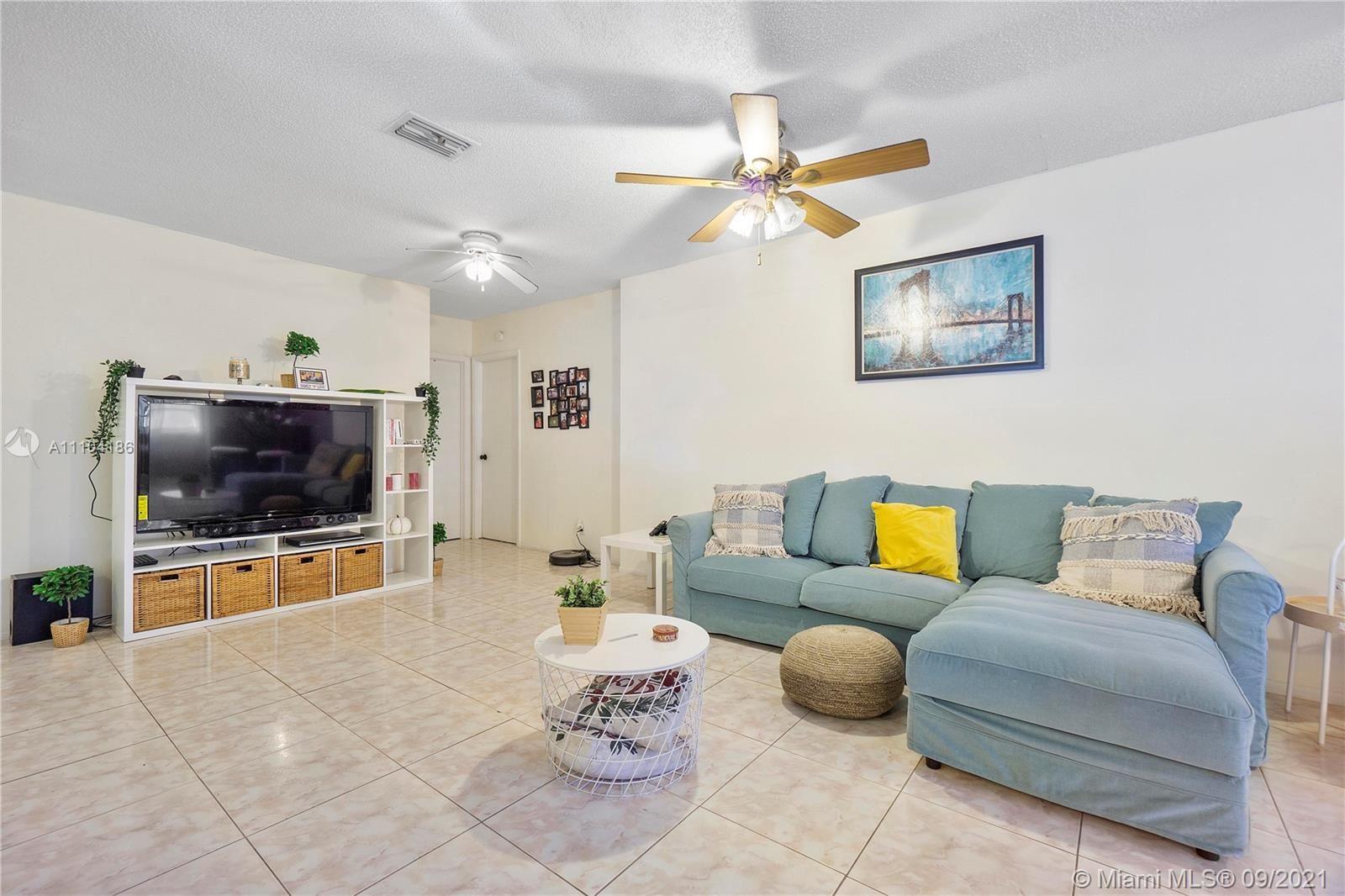 Photo of 4600 SW 43rd Ter, Dania Beach, FL 33314 (MLS # A11104186)