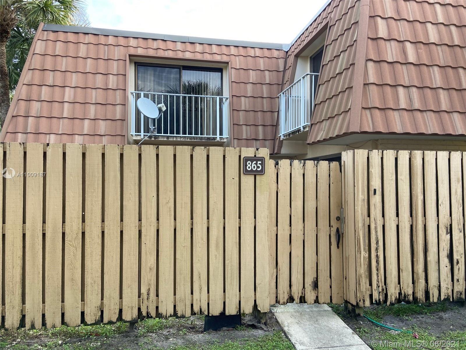 Photo of 865 Blue Ridge Cir #865, West Palm Beach, FL 33409 (MLS # A11009187)