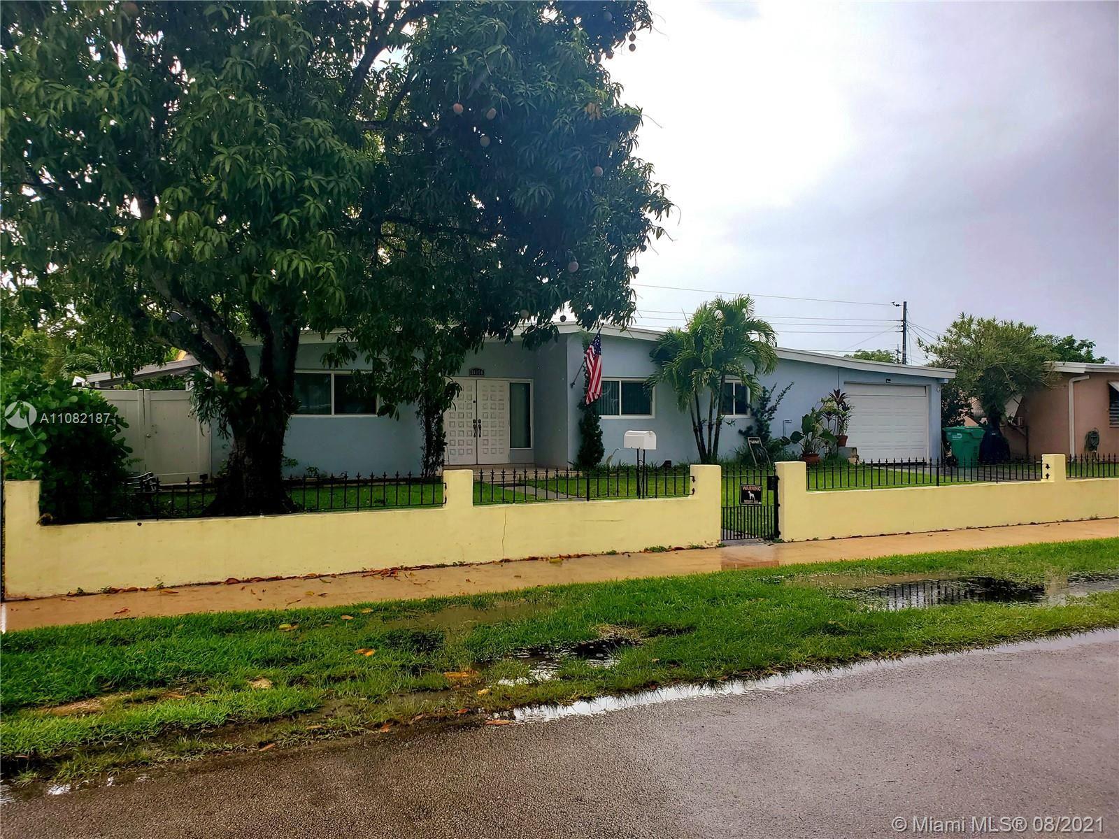 11060 SW 51st Ter, Miami, FL 33165 - #: A11082187