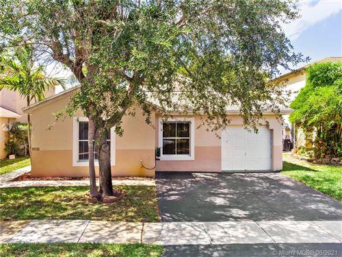 Photo of 20733 NW 1st St, Pembroke Pines, FL 33029 (MLS # A11053188)