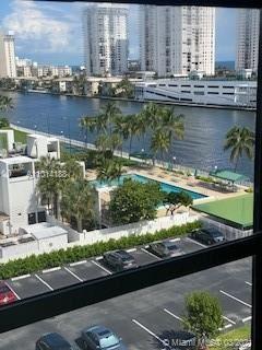 800 Parkview Dr #815, Hallandale Beach, FL 33009 - #: A11014188