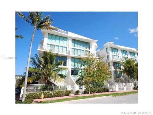 Foto de inmueble con direccion 245 Michigan Ave #LP-3 Miami Beach FL 33139 con MLS A10699189