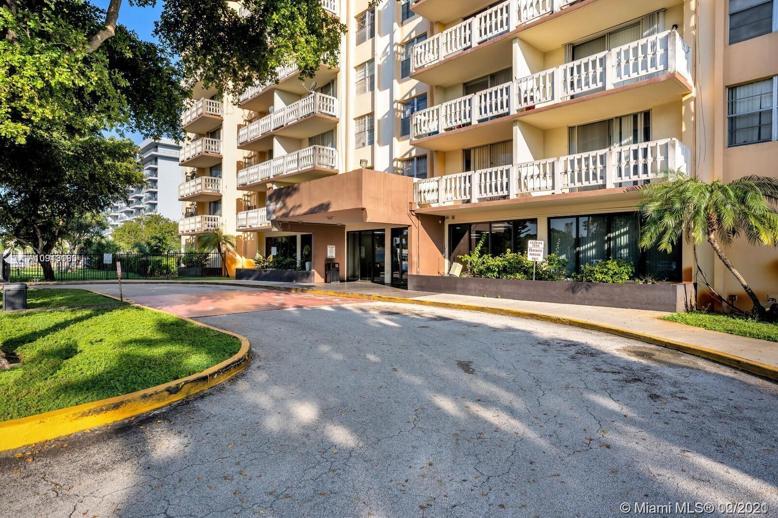 15600 NW 7th Ave #821, Miami, FL 33169 - #: A10918190