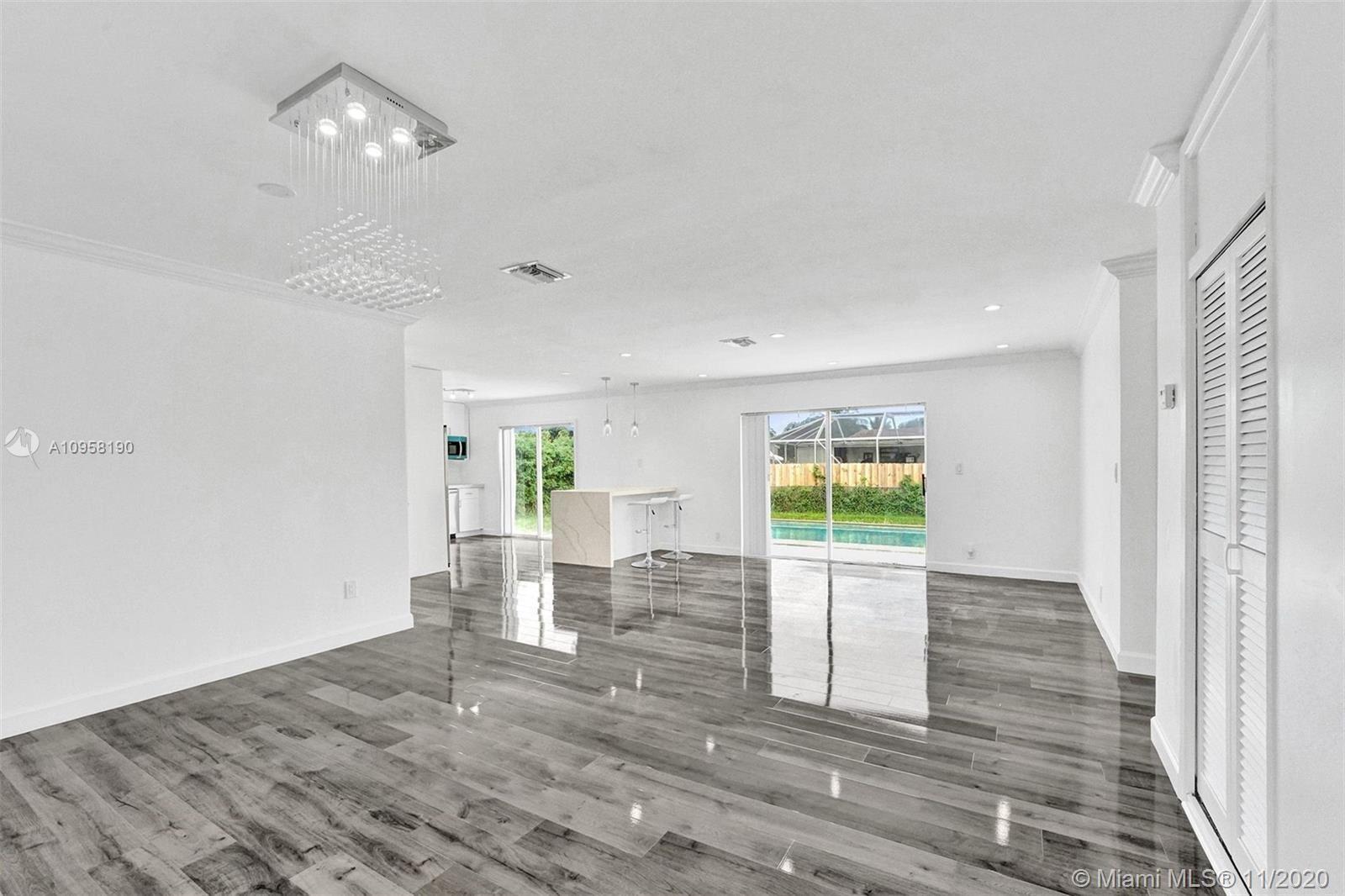 Photo of 6303 Southgate Blvd, Margate, FL 33068 (MLS # A10958190)