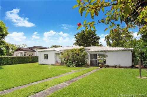 Photo of Listing MLS a10884191 in 5751 Devonshire Blvd Miami FL 33155