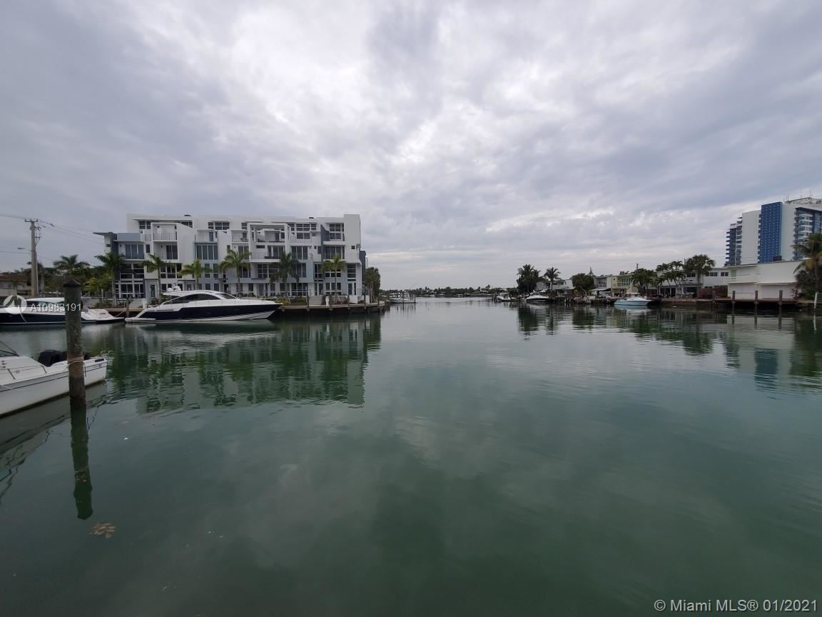 7207 Bay Dr #25, Miami Beach, FL 33141 - #: A10983191