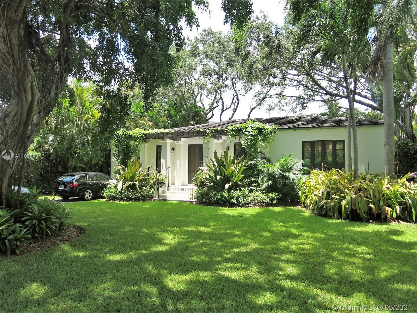 Photo of 517 Cadagua Ave, Coral Gables, FL 33146 (MLS # A11038191)