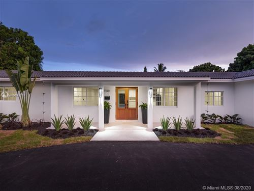 Photo of Listing MLS a10890192 in 7120 SW 107th Ter Pinecrest FL 33156
