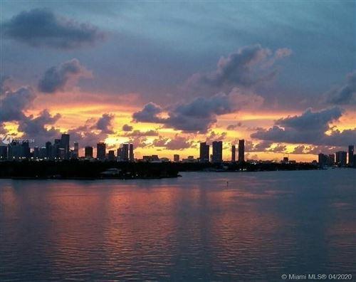 Foto de inmueble con direccion 1000 West Ave #714 Miami Beach FL 33139 con MLS A10796194