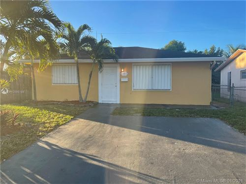 Photo of 5516 Mayo St, Hollywood, FL 33021 (MLS # A10986194)