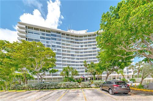 Photo of 7441 WAYNE AV #4C, Miami Beach, FL 33141 (MLS # A11074195)