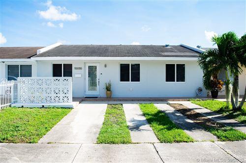 Photo of 12956 SW 52nd St, Miami, FL 33175 (MLS # A10928196)