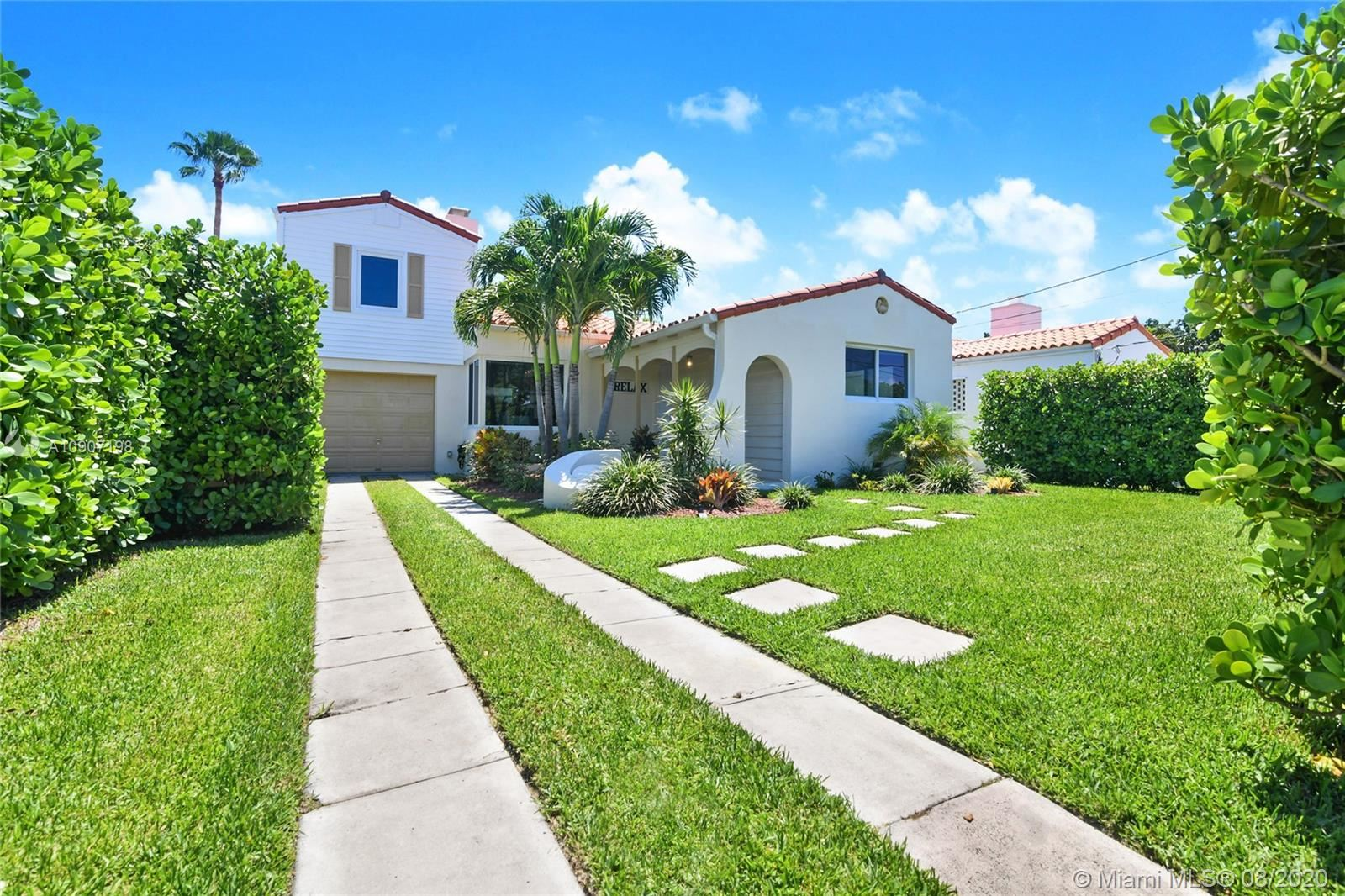 8827 Carlyle Ave, Surfside, FL 33154 - #: A10907198