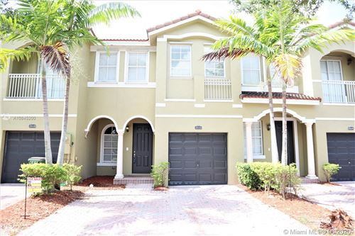Photo of Listing MLS a10845200 in 2516 SE 14 Ct Homestead FL 33035