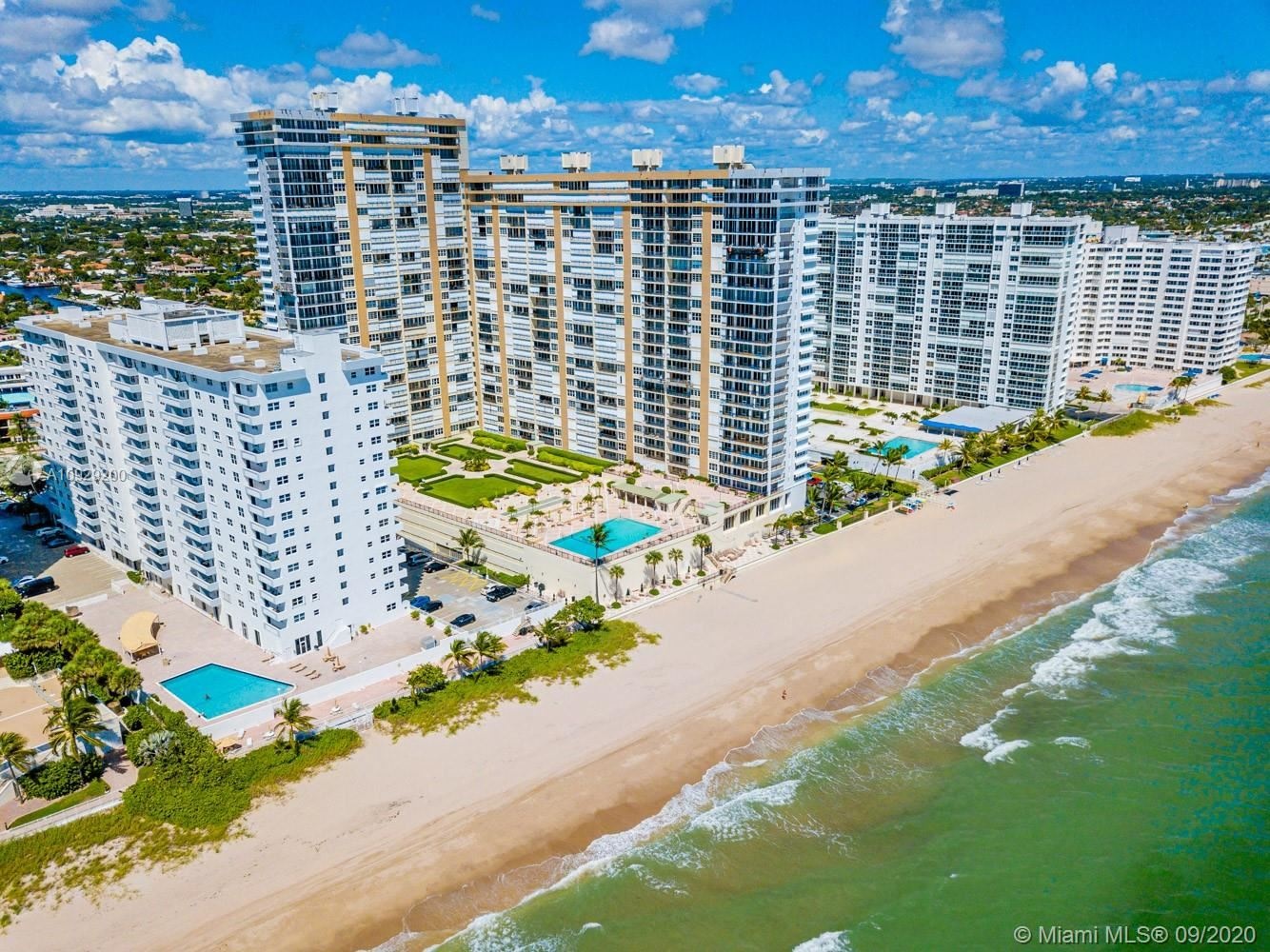 Photo of 4250 Galt Ocean Dr #4B, Fort Lauderdale, FL 33308 (MLS # A10929200)