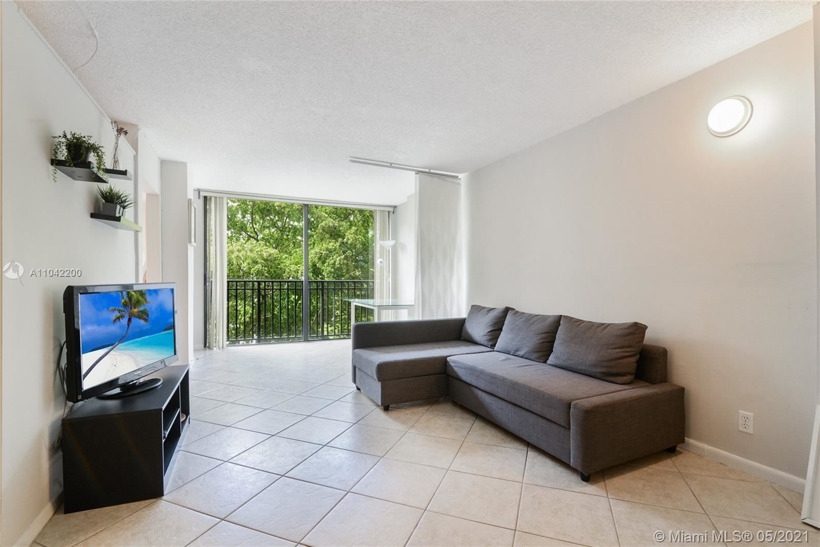 Photo of 16919 N Bay Rd #414, Sunny Isles Beach, FL 33160 (MLS # A11042200)