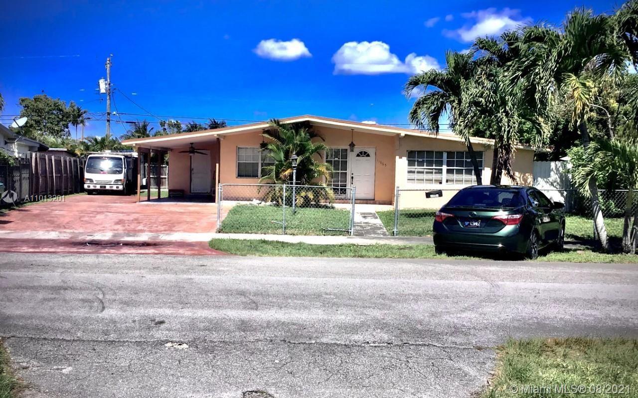11365 SW 44th St, Miami, FL 33165 - #: A11013201