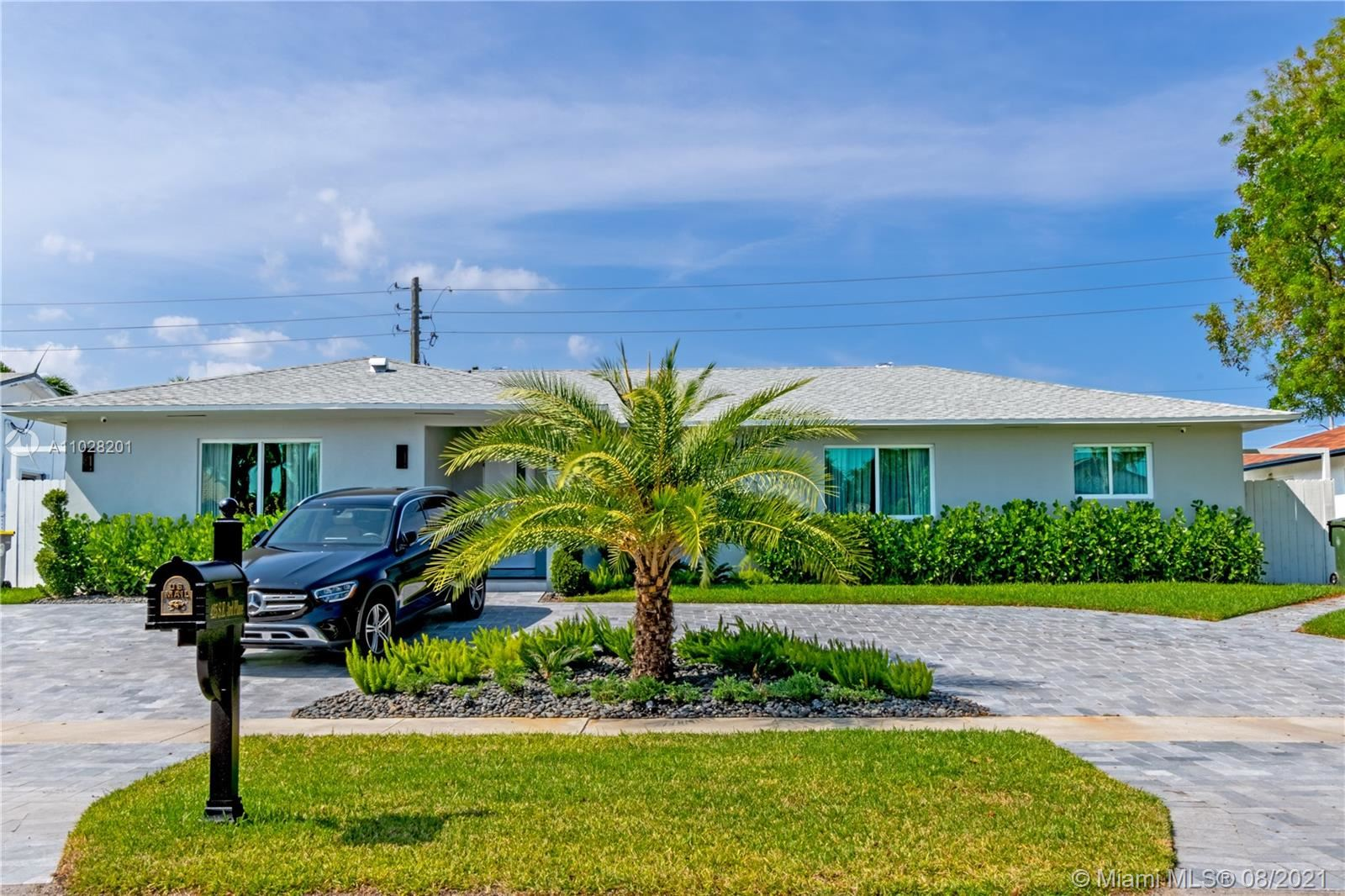 Photo of 425 SE 3rd Pl, Dania Beach, FL 33004 (MLS # A11028201)