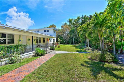 Photo of Listing MLS a10638204 in 1016 NE 113th St Biscayne Park FL 33161