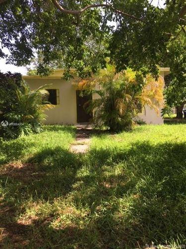 Foto de inmueble con direccion 291 NE 47th St Miami FL 33137 con MLS A10884204