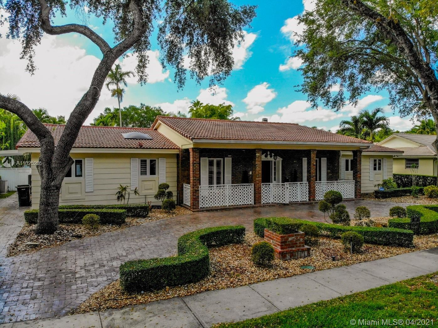 16140 Aberdeen Way, Miami Lakes, FL 33014 - #: A11025205