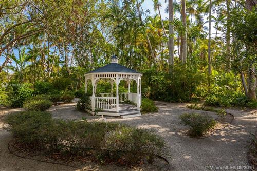 Photo of Listing MLS a10748207 in 10090 SW 67th Ave Pinecrest FL 33156