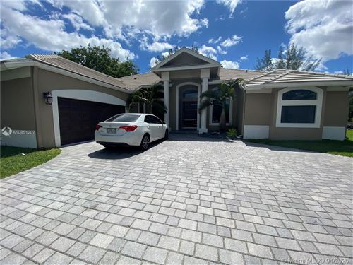 Photo of Listing MLS a10851207 in 6000 NW 67th Ct Parkland FL 33067