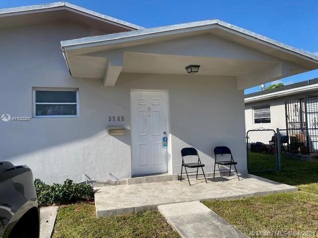 Photo of 3265 SW 28th St #0, Miami, FL 33133 (MLS # A11023207)