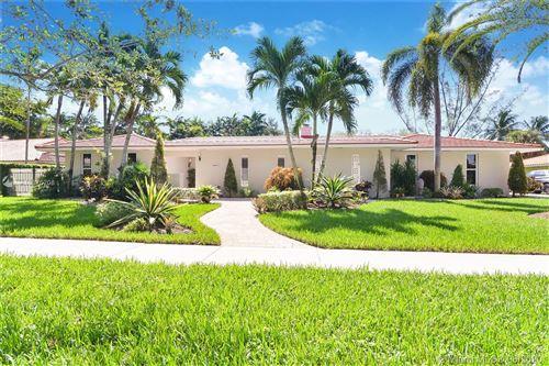 Photo of 6800 Gleneagle Dr, Miami Lakes, FL 33014 (MLS # A10876208)